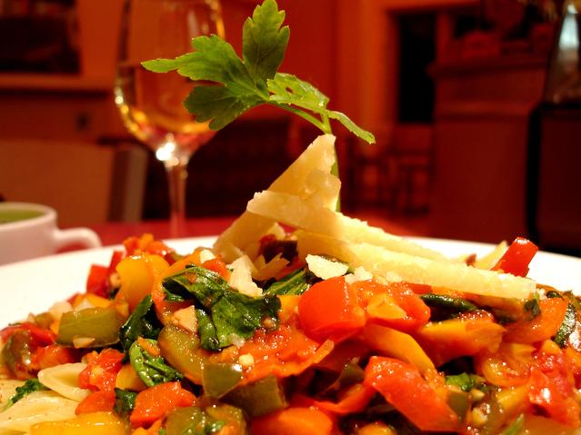 fine-dining-pasta-1323989-639x479